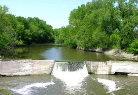 Cottonwood Falls Dam