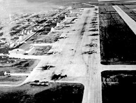 Walker, Kansas Air Base, 1942