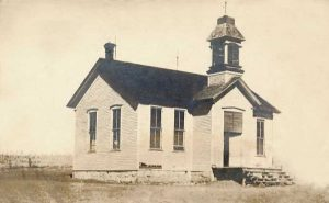 A school or church in Arrington, Kansas, 1910.