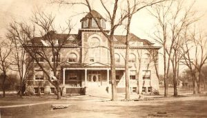 Frankfort School about 1915.