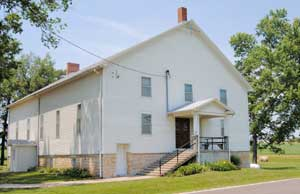 Building in Lone Star, Kansas -- perhaps an old school? Kathy Weiser-Alexander.