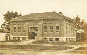 Hiawatha, Kansas Library