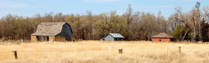 An old homestead near Pfiefer, Kansas by Kathy Weiser-Alexander.