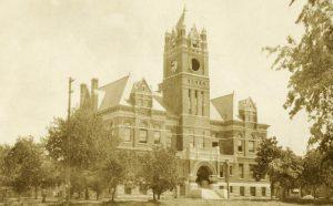 Harvey County Courthouse in Newton, Kansas, 1910.